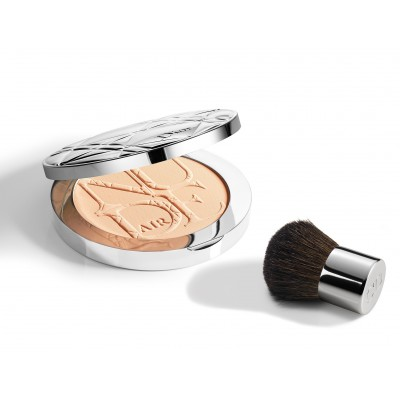 Dior - Diorskin Nude Air Powder 020 Light Beige (With Kabuki)