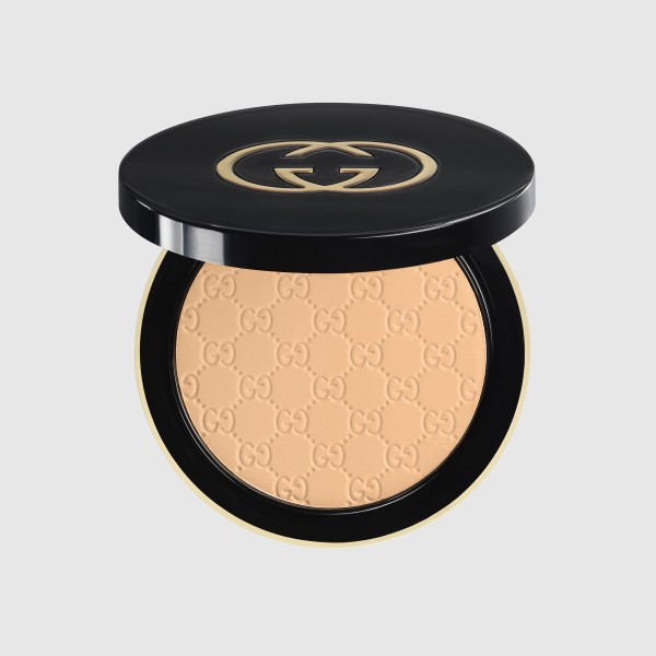 Gucci Face Satin Matte Foundation 025 Light