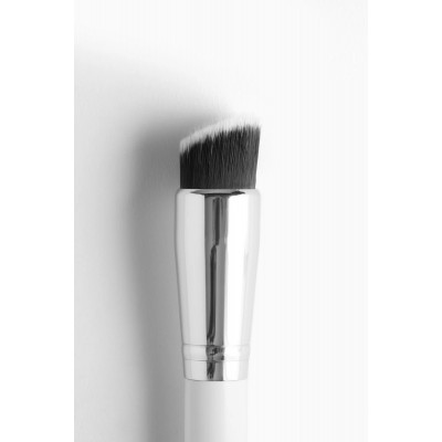 Colourpop Brush - Flat Angled Contour Face Brush