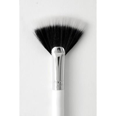 Colourpop Brush - Fan Brush